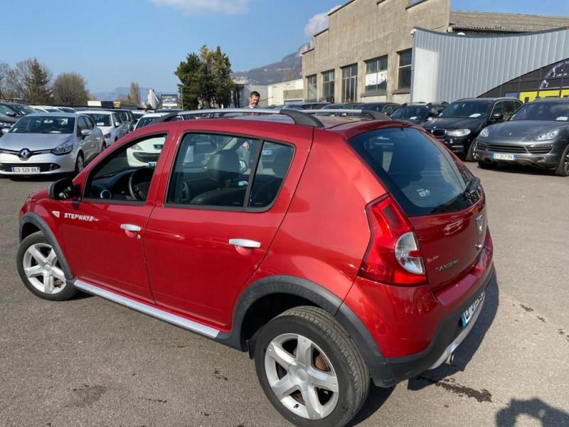Photo 2 de l'offre de DACIA SANDERO 1.5 DCI 90CH FAP STEPWAY EURO 5 à 6990€ chez Help car
