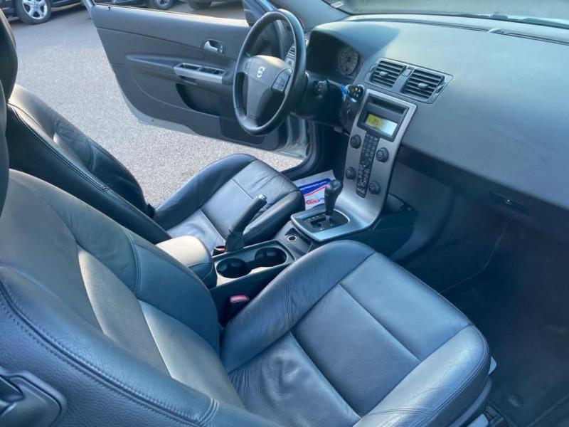 Photo 4 de l'offre de VOLVO C30 D5 180CH GEARTRONIC à 9990€ chez Help car
