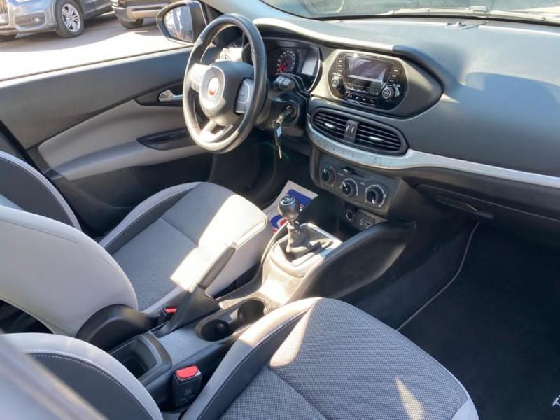 Photo 5 de l'offre de FIAT TIPO 1.4 95CH POP MY18 4P à 11490€ chez Help car