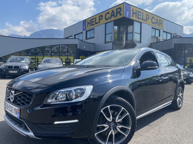 Volvo V60 CROSS COUNTRY D4 AWD 190CH SUMMUM GEARTRONIC Diesel NOIR Occasion à vendre