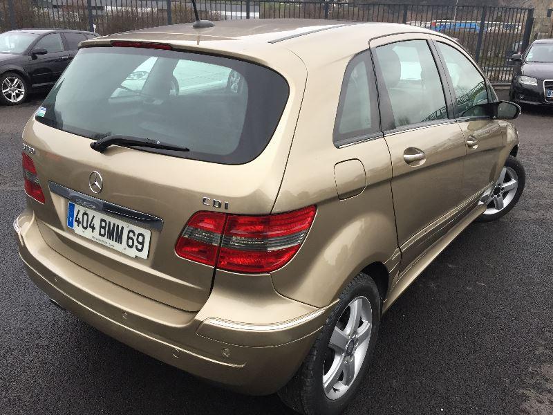 Photo 2 de l'offre de MERCEDES-BENZ CLASSE B (T245) 180 CDI à 7990€ chez Help car