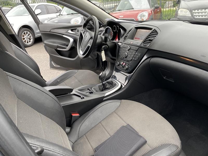 Photo 4 de l'offre de OPEL INSIGNIA 2.0 CDTI130 FAP COSMO START&STOP 5P à 8490€ chez Help car