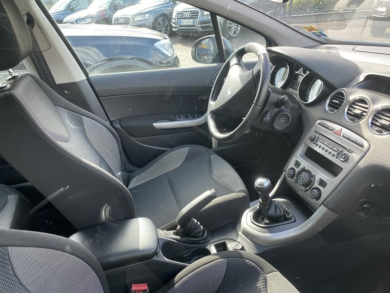 Photo 3 de l'offre de PEUGEOT 308 1.6 HDI110 CONFORT PACK FAP BVM5 5P à 5490€ chez Help car