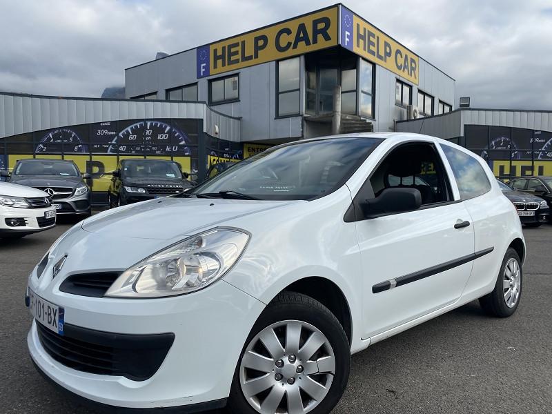 Renault CLIO III 1.5 DCI 70CH AUTHENTIQUE 3P Diesel BLANC Occasion à vendre