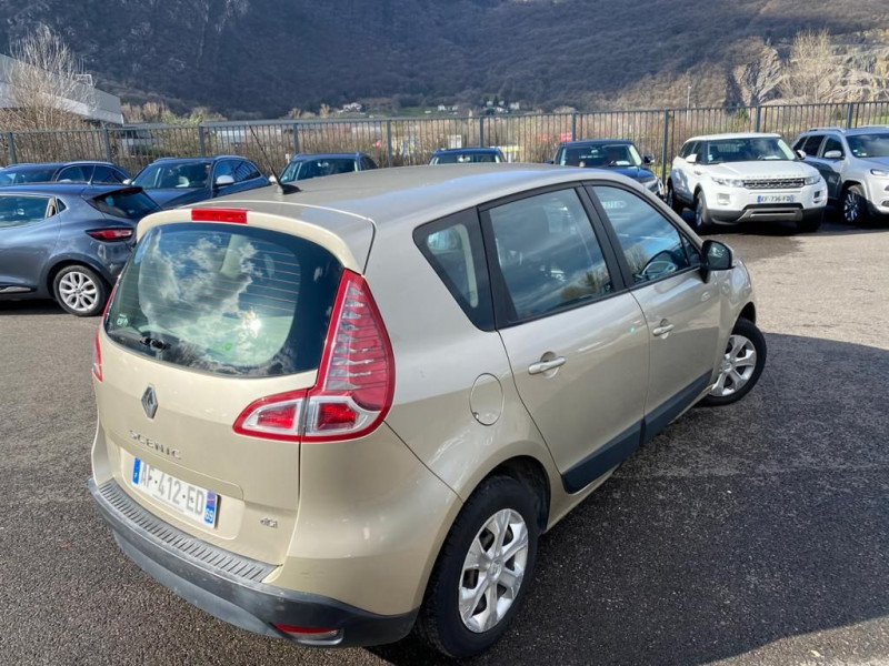 Photo 3 de l'offre de RENAULT SCENIC III 1.5 DCI 110CH FAP BUSINESS à 5490€ chez Help car