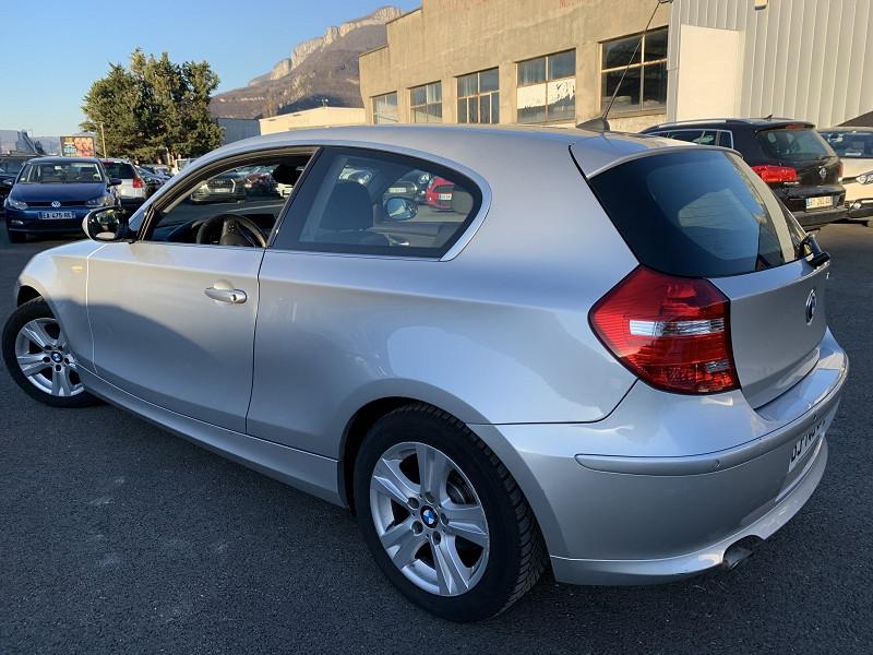 Photo 3 de l'offre de BMW SERIE 1 (E81/E87) 116D 115CH EDITION CONFORT 3P à 6990€ chez Help car