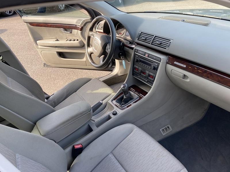 Photo 3 de l'offre de AUDI A4 1.8 T 163CH QUATTRO à 8490€ chez Help car