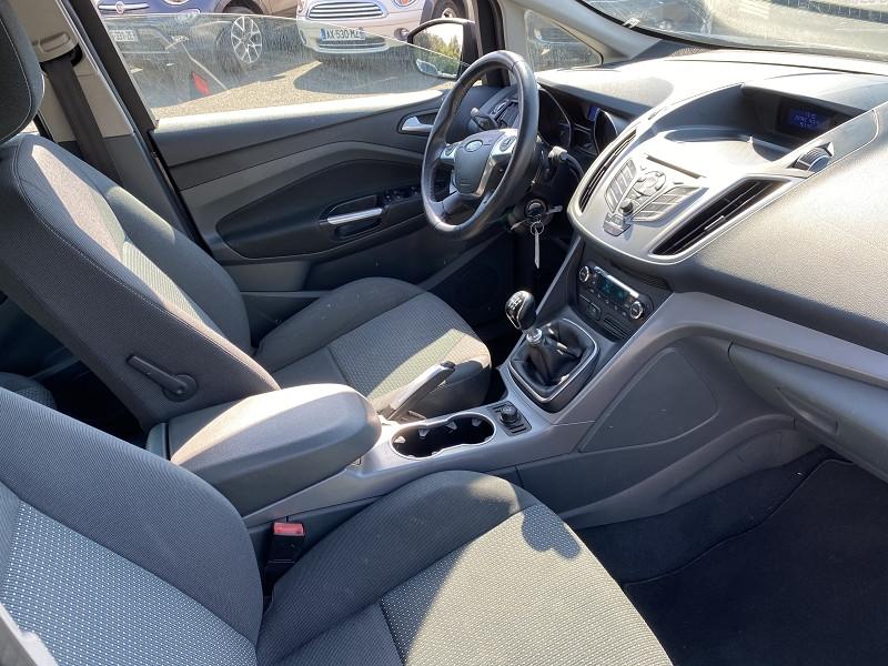 Photo 3 de l'offre de FORD C-MAX 1.6 TDCI 115CH FAP TITANIUM à 7490€ chez Help car