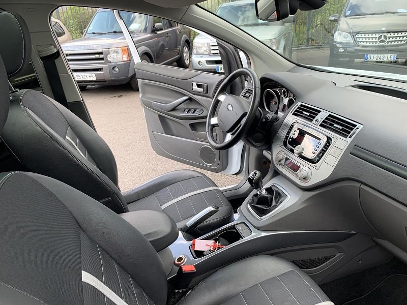 Photo 4 de l'offre de FORD KUGA 2.0 TDCI 140CH FAP TITANIUM 4X2 à 7990€ chez Help car