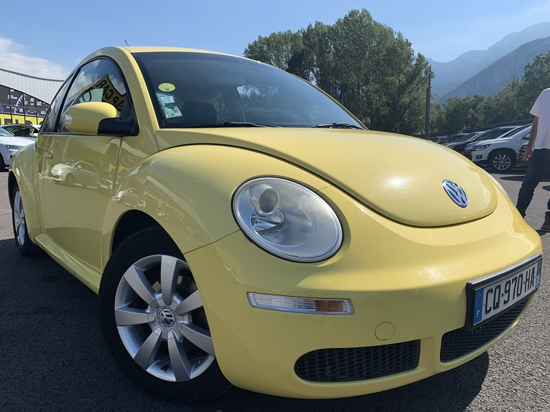 Photo 2 de l'offre de VOLKSWAGEN BEETLE 1.4 75CH FANCY à 4990€ chez Help car
