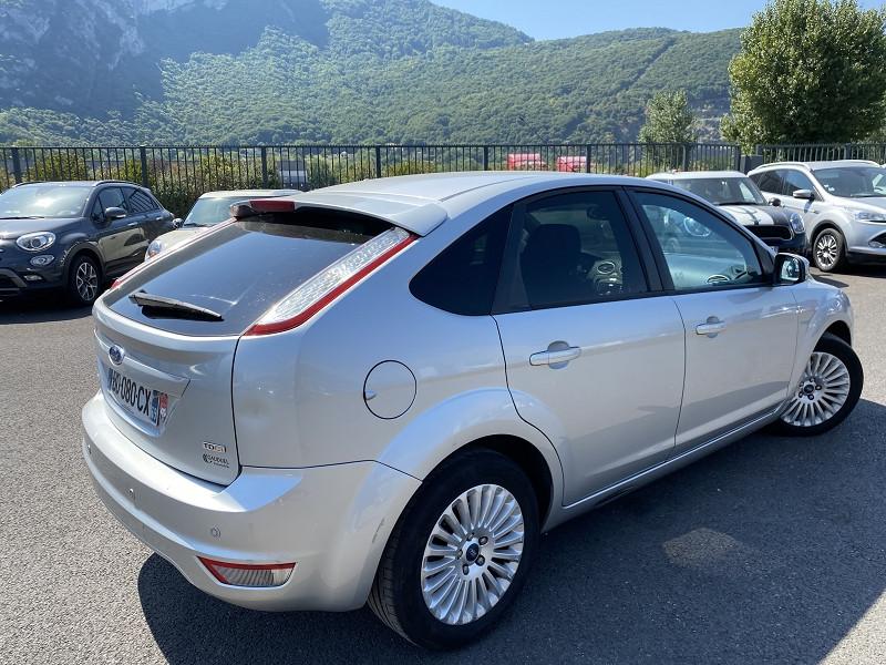 Ford FOCUS 1.8 TDCI 115CH TREND 5P Diesel GRIS C Occasion à vendre