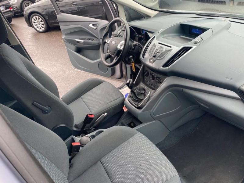Photo 3 de l'offre de FORD C-MAX 1.6 105CH à 8490€ chez Help car