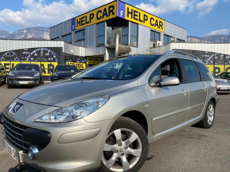 Photo 1 de l'offre de PEUGEOT 307 SW 2.0 16V GRIFFE BA 7 PLACES à 7490€ chez Help car