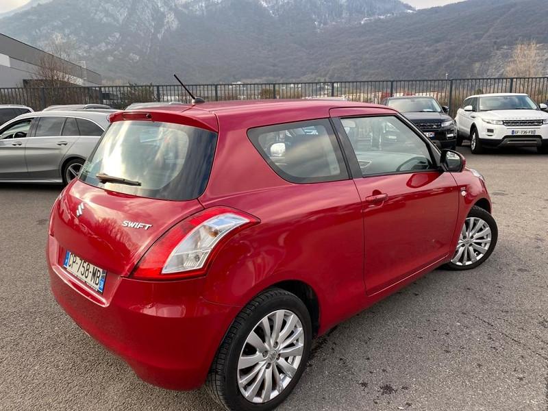 Photo 3 de l'offre de SUZUKI SWIFT 1.3 DDIS GLX 3P à 6990€ chez Help car