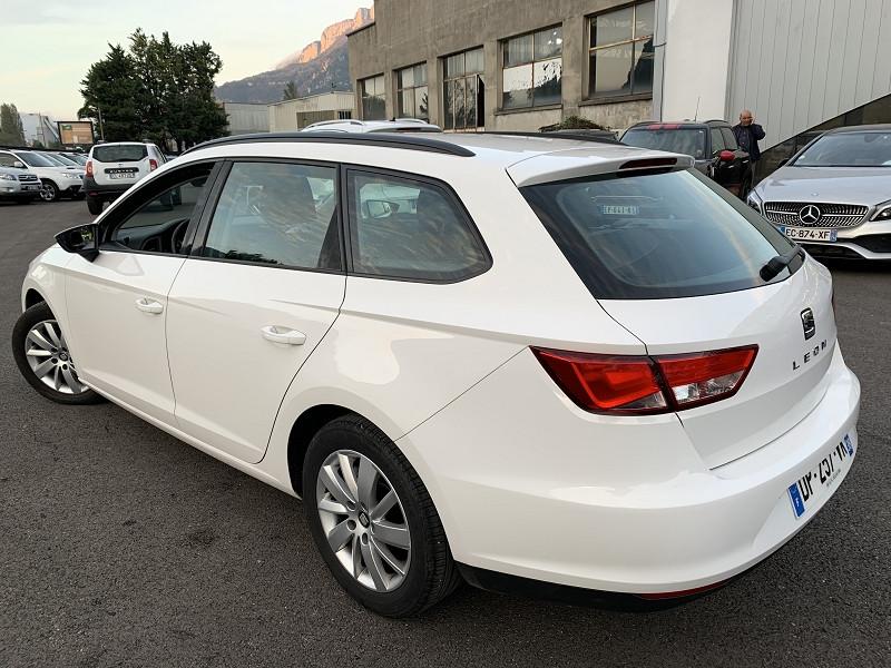 Photo 3 de l'offre de SEAT LEON ST 1.6 TDI 105CH FAP STYLE START&STOP à 7990€ chez Help car