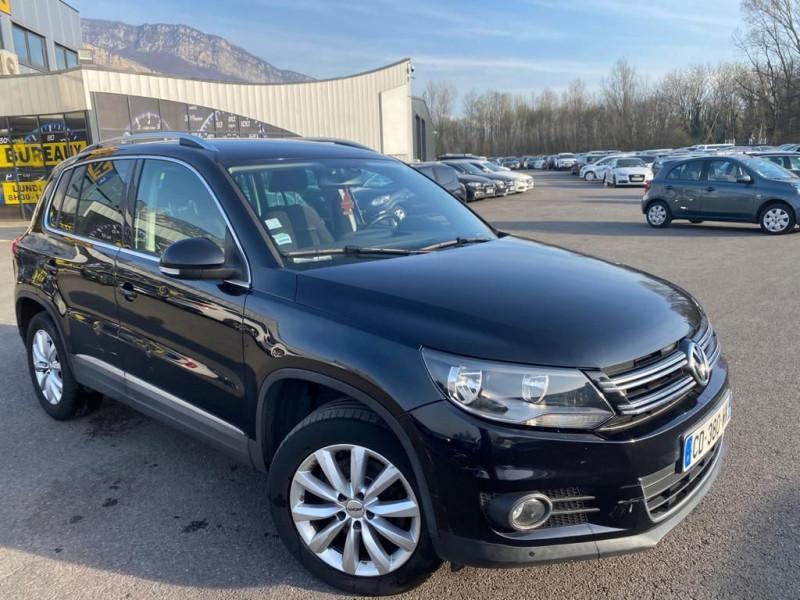 Volkswagen TIGUAN 2.0 TDI 140CH BLUEMOTION TECHNOLOGY FAP CARAT Diesel NOIR Occasion à vendre