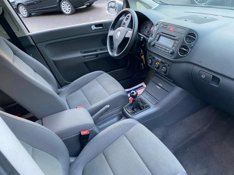 Photo 4 de l'offre de VOLKSWAGEN GOLF PLUS 1.9 TDI 105CH CONFORT à 6490€ chez Help car