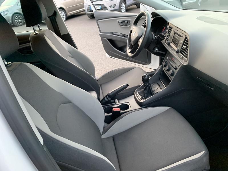 Photo 5 de l'offre de SEAT LEON ST 1.6 TDI 105CH FAP STYLE START&STOP à 7990€ chez Help car