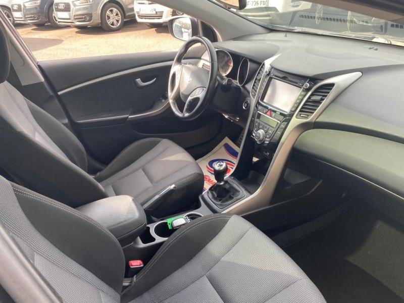 Photo 4 de l'offre de HYUNDAI I30 SW 1.6 CRDI 110CH EXECUTIVE à 9990€ chez Help car