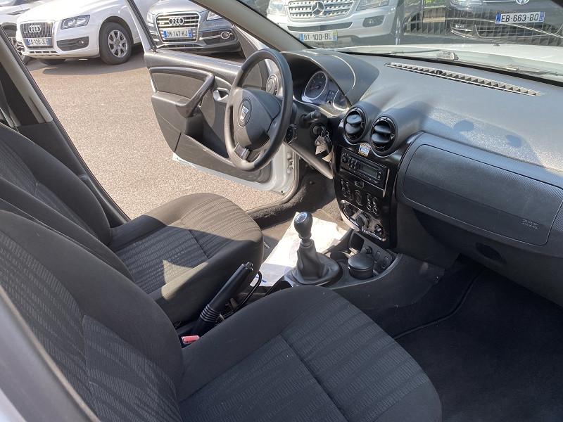 Photo 4 de l'offre de DACIA DUSTER 1.5 DCI 110CH FAP LAUREATE 4X2 à 8490€ chez Help car