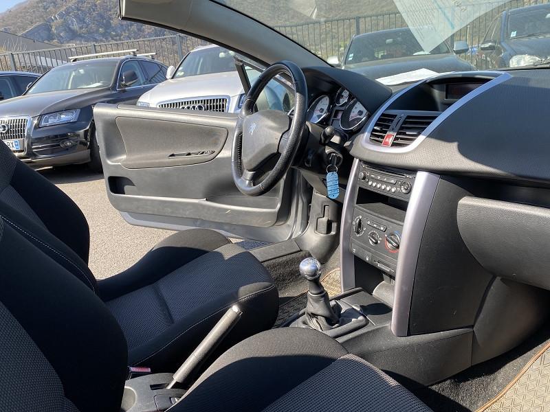 Photo 4 de l'offre de PEUGEOT 207 CC 1.6 HDI110 FAP SPORT à 5990€ chez Help car