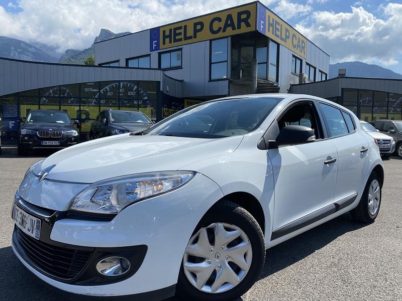 Renault MEGANE III 1.6 16V 110CH ECO² Essence BLANC Occasion à vendre