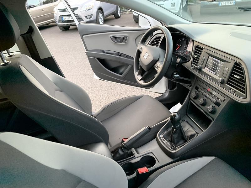 Photo 6 de l'offre de SEAT LEON ST 1.6 TDI 105CH FAP STYLE START&STOP à 7990€ chez Help car