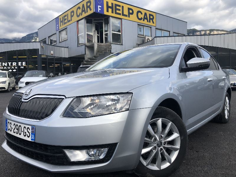 Photo 1 de l'offre de SKODA OCTAVIA 1.6 TDI 105CH CR FAP GREEN TEC AMBITION à 8490€ chez Help car