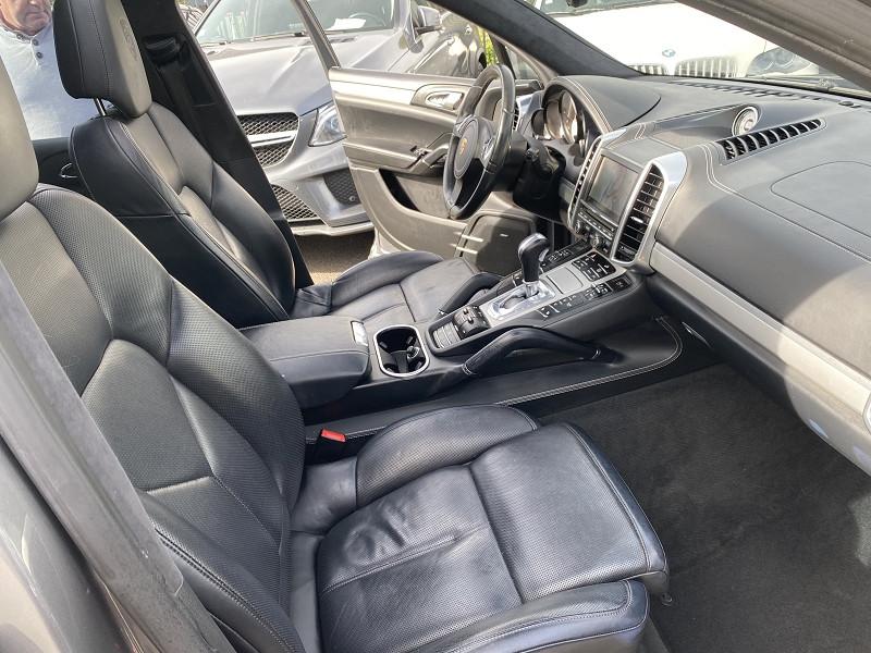 Photo 4 de l'offre de PORSCHE CAYENNE (958) S DIESEL à 26990€ chez Help car