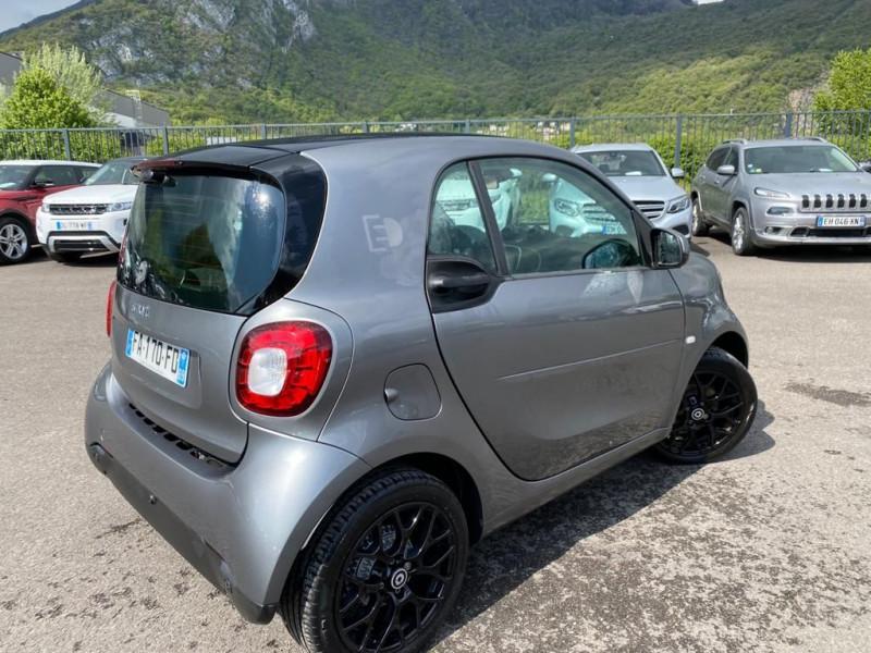 Photo 3 de l'offre de SMART FORTWO COUPE ELECTRIQUE 82CH PRIME à 16490€ chez Help car
