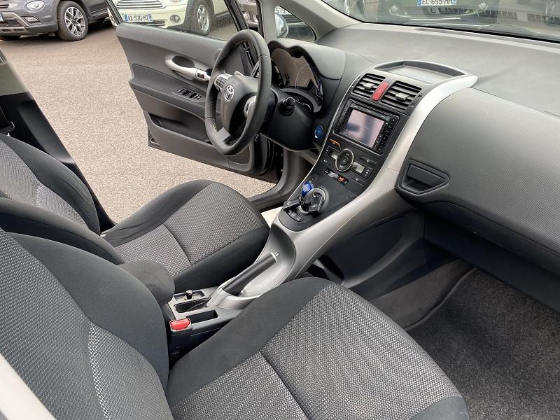 Photo 3 de l'offre de TOYOTA AURIS HSD 136H EXECUTIVE CONNECT 5P à 9490€ chez Help car