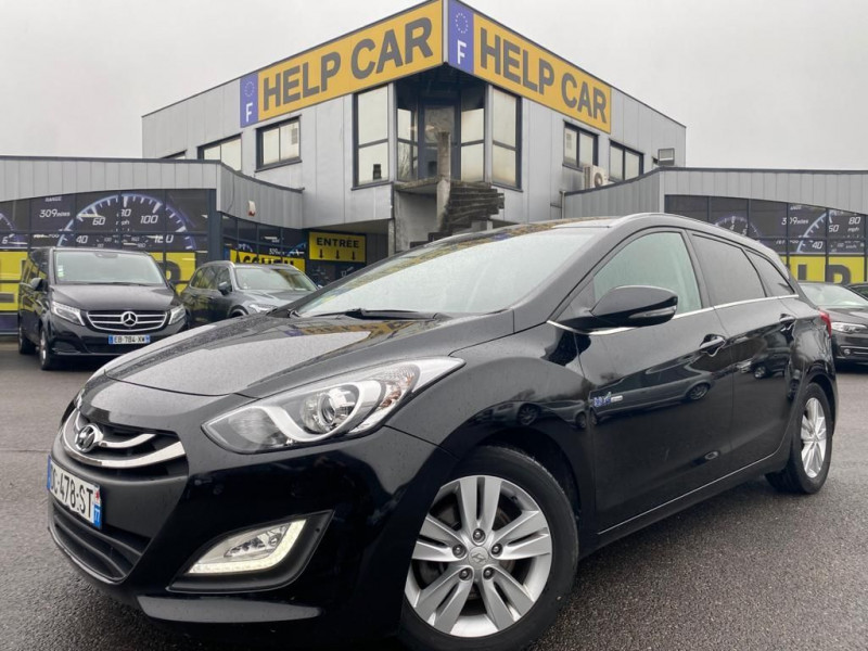 Photo 1 de l'offre de HYUNDAI I30 SW 1.6 CRDI 110CH PACK BUSINESS à 12990€ chez Help car