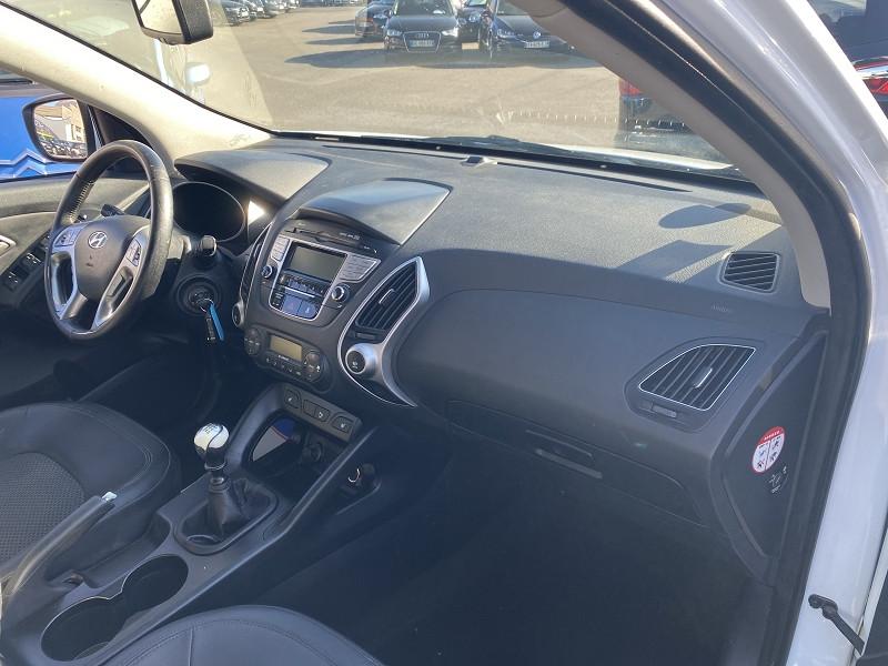 Photo 3 de l'offre de HYUNDAI IX35 2.0 CRDI136 PACK EDITION 4WD à 9990€ chez Help car