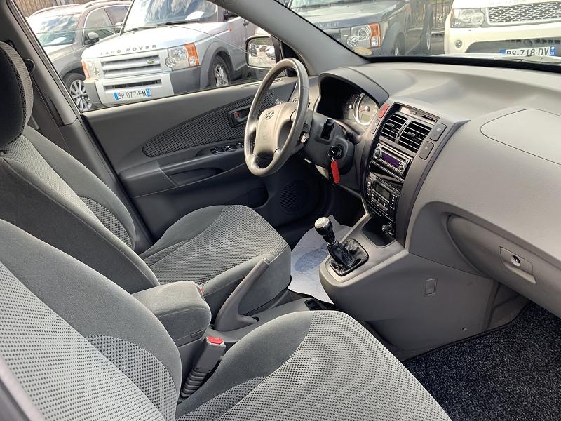 Photo 4 de l'offre de HYUNDAI TUCSON 2.0 CRDI PACK CONFORT 4X4 à 5990€ chez Help car