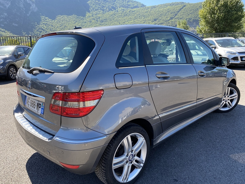 Photo 3 de l'offre de MERCEDES-BENZ CLASSE B (T245) 180 CDI DESIGN à 5990€ chez Help car
