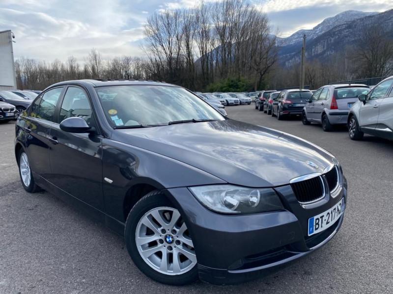 Photo 1 de l'offre de BMW SERIE 3 (E90) 320DA 163CH LUXE à 8990€ chez Help car