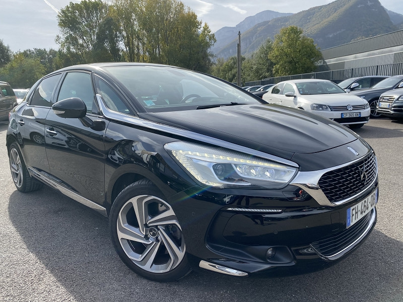 Photo 4 de l'offre de DS DS 5 BLUEHDI 180CH SPORT CHIC S&S EAT6 à 22990€ chez Help car