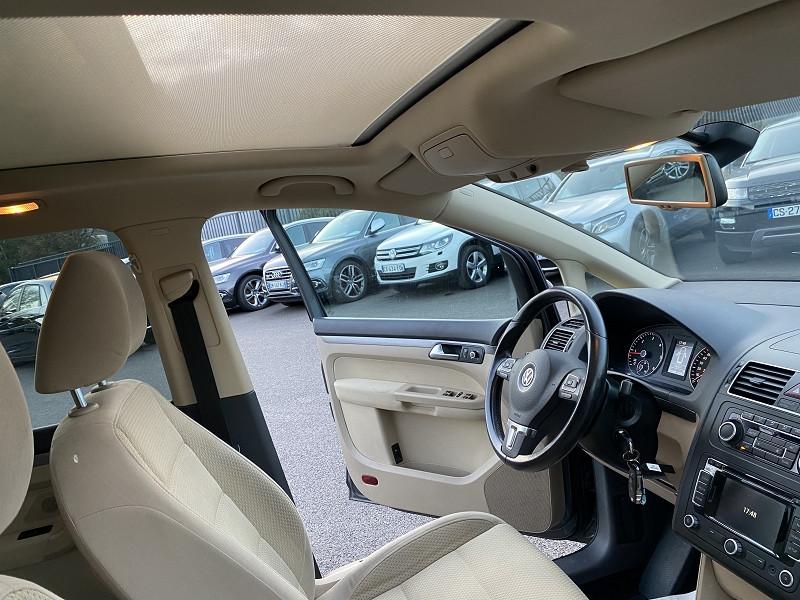 Photo 4 de l'offre de VOLKSWAGEN TOURAN 2.0 TDI 140CH BLUEMOTION TECHNOLOGY FAP CONFORTLINE à 8990€ chez Help car