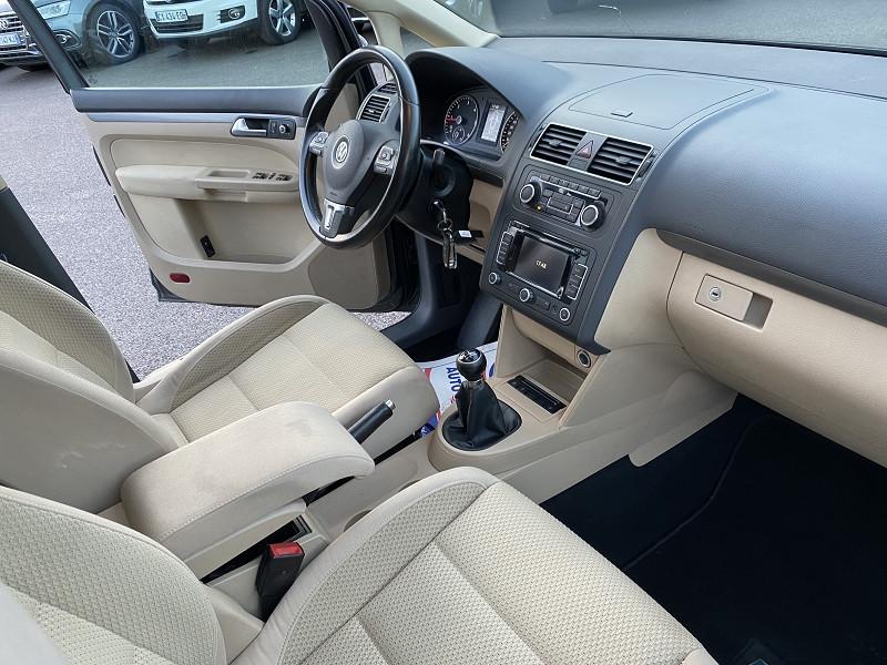 Photo 3 de l'offre de VOLKSWAGEN TOURAN 2.0 TDI 140CH BLUEMOTION TECHNOLOGY FAP CONFORTLINE à 8990€ chez Help car