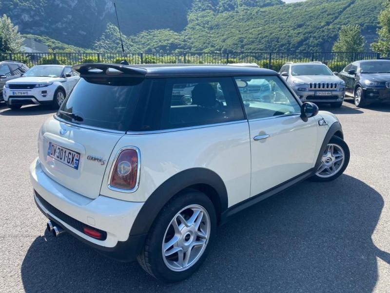 Photo 3 de l'offre de MINI MINI COOPER S 175CH à 9990€ chez Help car