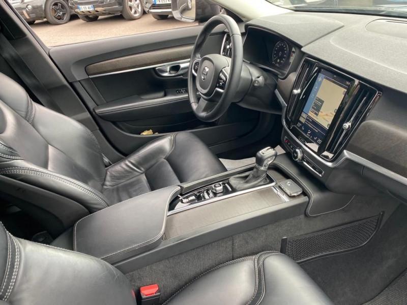 Photo 4 de l'offre de VOLVO V90 CROSS COUNTRY D4 AWD 190CH GEARTRONIC à 32990€ chez Help car