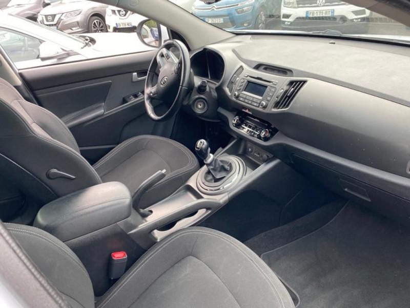 Photo 3 de l'offre de KIA SPORTAGE 1.7 CRDI 115 ACTIVE ISG à 8990€ chez Help car