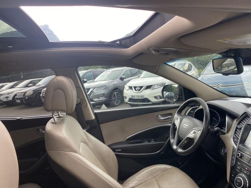 Photo 5 de l'offre de HYUNDAI SANTA FE 2.2 CRDI 200CH EXECUTIVE 4WD BVA 7PLACES à 21990€ chez Help car