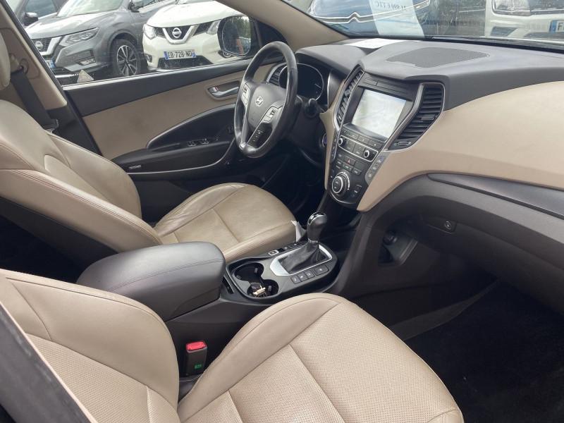 Photo 4 de l'offre de HYUNDAI SANTA FE 2.2 CRDI 200CH EXECUTIVE 4WD BVA 7PLACES à 21990€ chez Help car