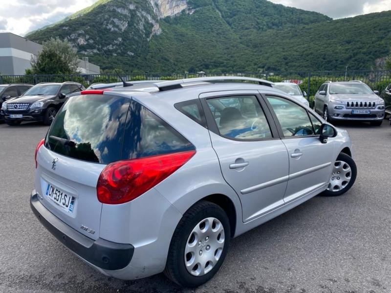 Photo 2 de l'offre de PEUGEOT 207 SW 1.6 HDI FAP BUSINESS PACK à 6490€ chez Help car