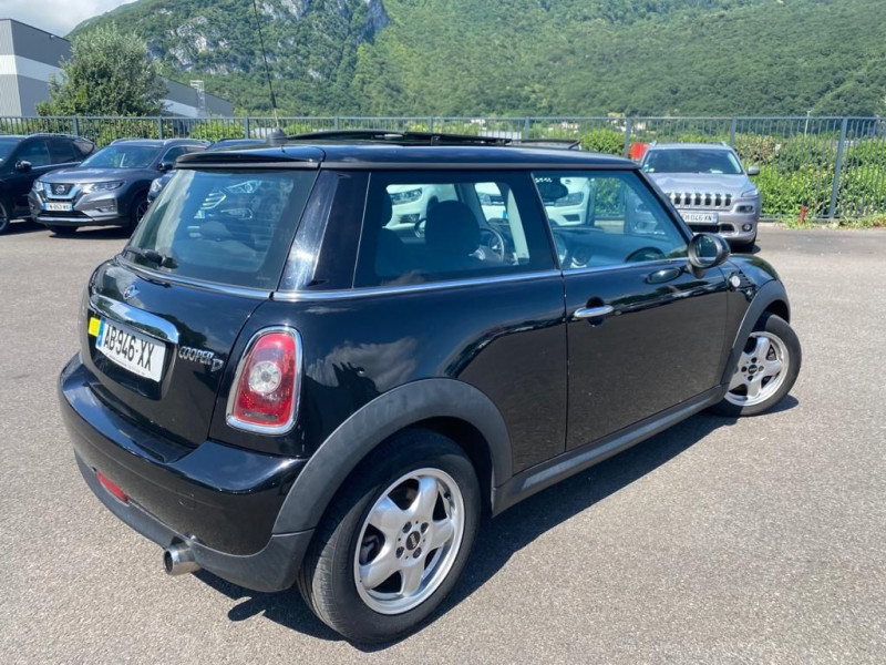 Photo 3 de l'offre de MINI MINI COOPER D 110CH à 6990€ chez Help car