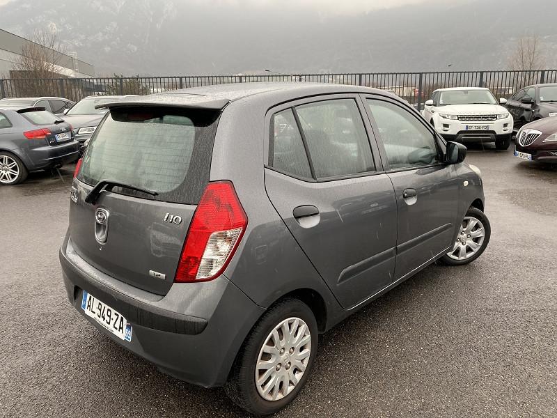 Photo 2 de l'offre de HYUNDAI I10 1.2 PACK CLIM à 4990€ chez Help car