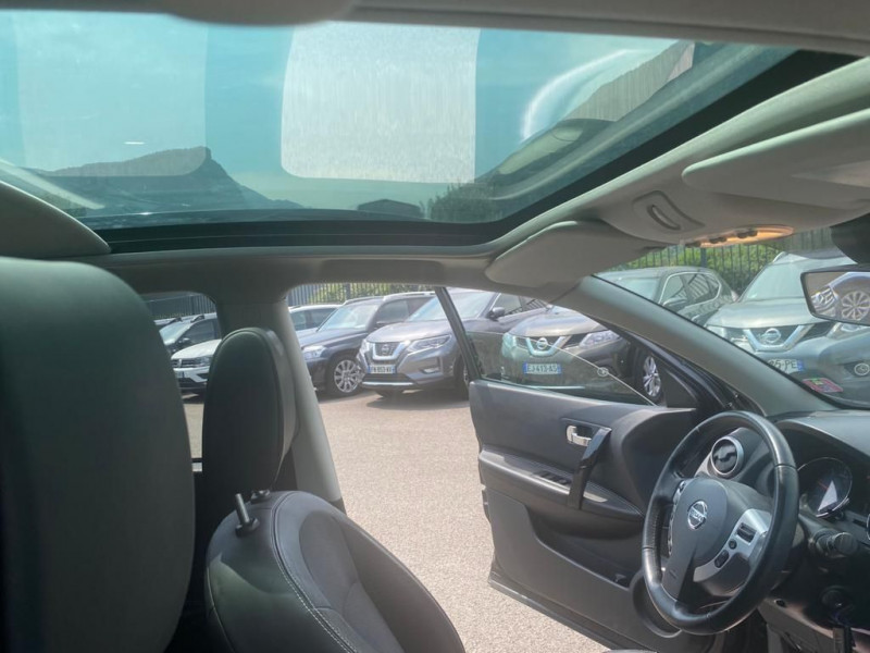 Photo 2 de l'offre de NISSAN QASHQAI 1.6 DCI 130CH FAP STOP&START CONNECT EDITION à 7990€ chez Help car