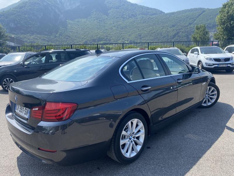 Photo 3 de l'offre de BMW SERIE 5 (F10) 528IA 245CH LUXE à 17990€ chez Help car