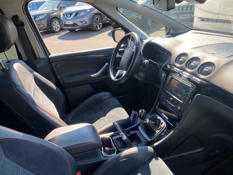 Photo 6 de l'offre de FORD S-MAX 2.0 TDCI 163CH FAP SPORT PLATINIUM GPS 7 PLACES à 15990€ chez Help car